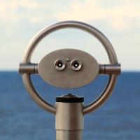 Binoculars viewing the horizon. Public domain image via pxfuel.